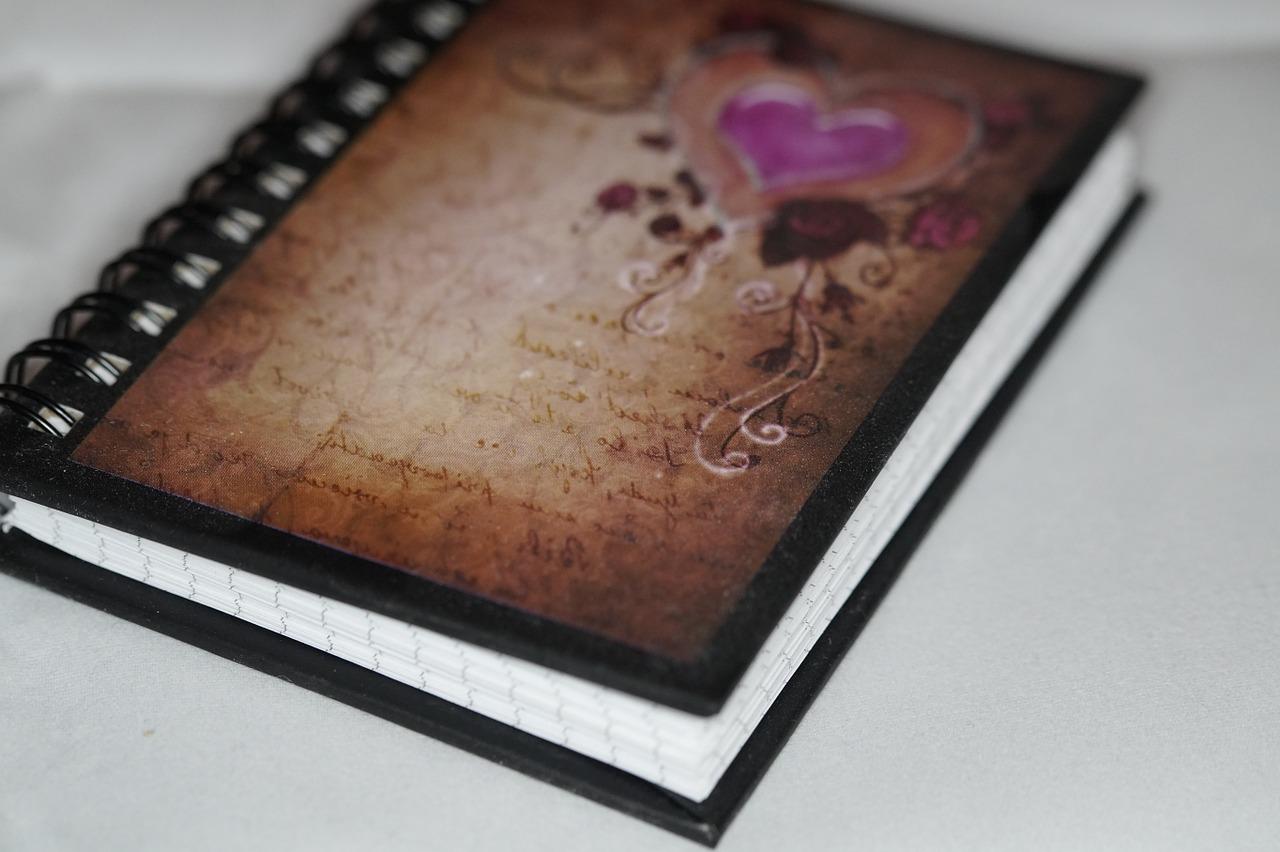 notebook-360082_1280